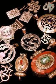 Amuleti i talismani