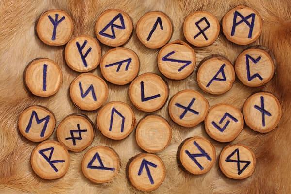 Runski simboli za zdravlje