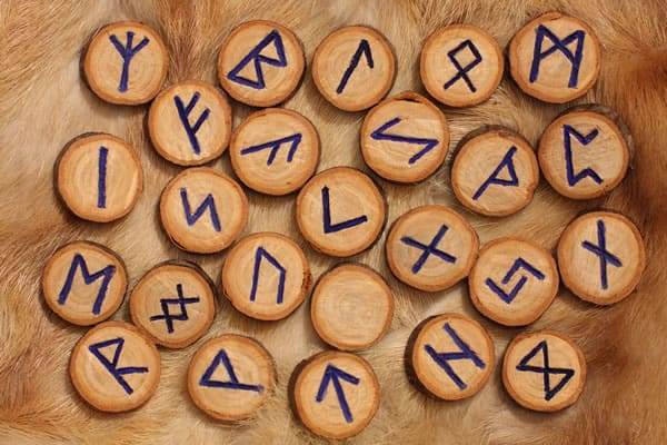 Rune kao amuleti i talismani (Drugi deo)