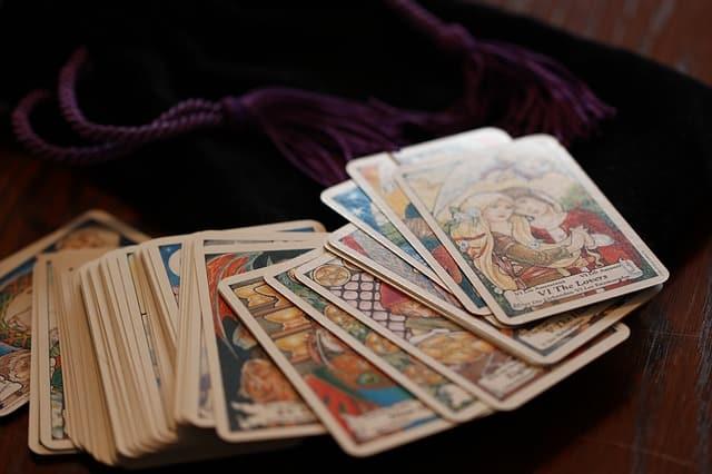 Karta Dar – simbol pozitivnog preokreta, sreće i radosti (ciganske karte)