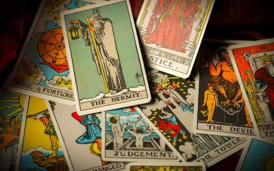 Tarot: Osam karata za jačenje energije, oporavak i unutrašnju ravnotežu