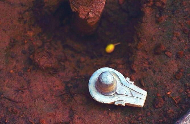 Šta je Shiva Lingam kamen