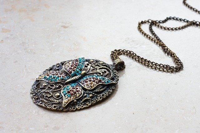 Metalne amajlije i talismani