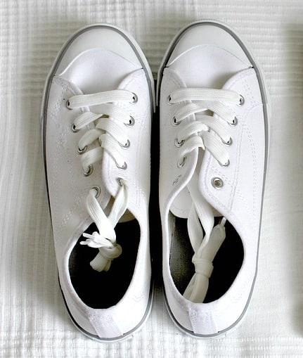 Simbolika belih cipela u snu